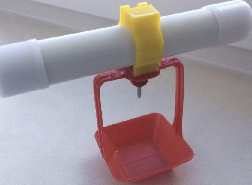 Ниппельная поилка для кур: устройство, принцип, как собрать своими руками