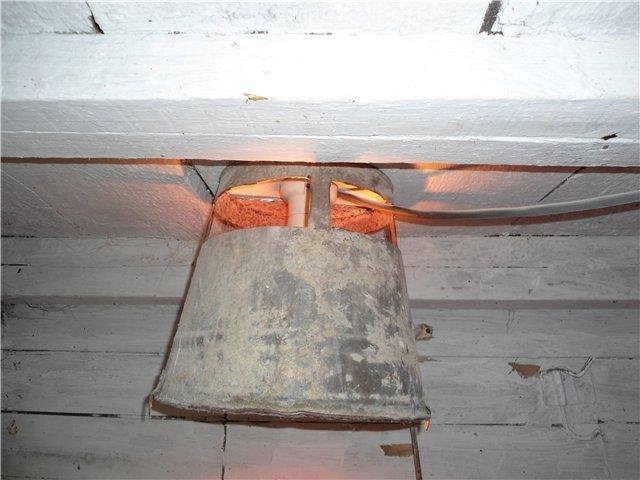 Освещение в курятнике зимой